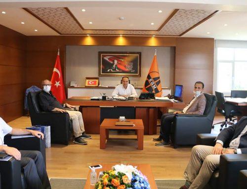Otoyol çıkış kavşak projesi ile ilgili İzmir Karayolları 2.Bölge Müdürü Arif ÇOBANOĞLU'na ziyarette bulunuldu.
