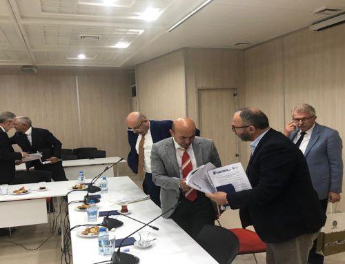 İzmir Büyükşehir Belediye Başkanı Sayın Tunç Soyer Organize Sanayi Bölgeleri Yönetim Kurulu Başkanları ile toplantı gerçekleştirdi